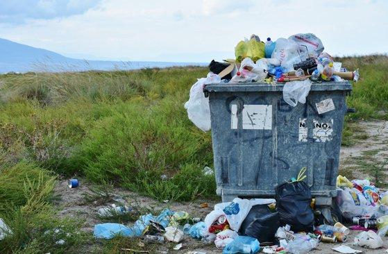 România, groapă de gunoi pentru alte state: 500 de tone de deşeuri din Anglia au fost aduse în ţară