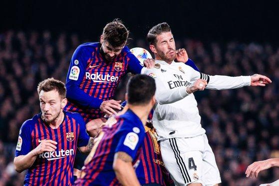 Măsuri draconice la derby-ul dintre Real Madrid şi Barcelona: 1.545 de polişti, jandarmi şi cadre medicale