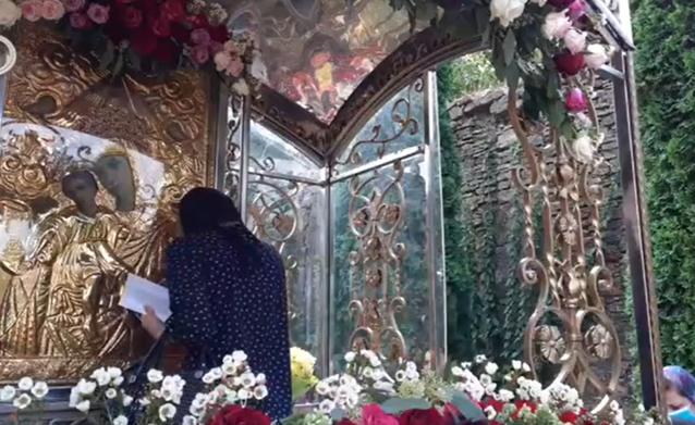 Adormirea Maicii Domnului sau Sfânta Maria Mare, una ...   Sfanta Maria