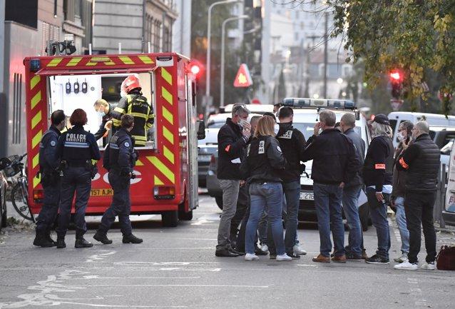 Un nou atac în Franţa. Preot ortodox rănit grav, după ce a fost împuşcat într-o biserică din Lyon/ Preşedintele Macron, mesaj în limba arabă/ UPDATE: Suspect arestat
