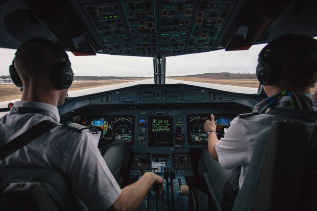 Sindicatul piloţilor din Elveţia ia în calcul reorientarea profesională spre mecanici de locomotivă. Ce ar presupune o astfel de măsură pentru piloţii din România