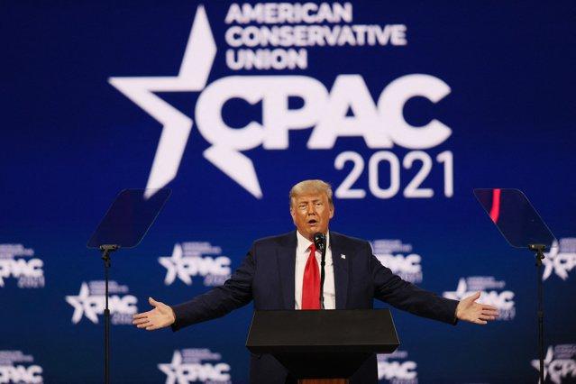 Donald Trump a ţinut primul discurs public de când a părăsit Casa Albă. Fostul preşedinte a lansat ideea că ar putea candida din nou în 2024