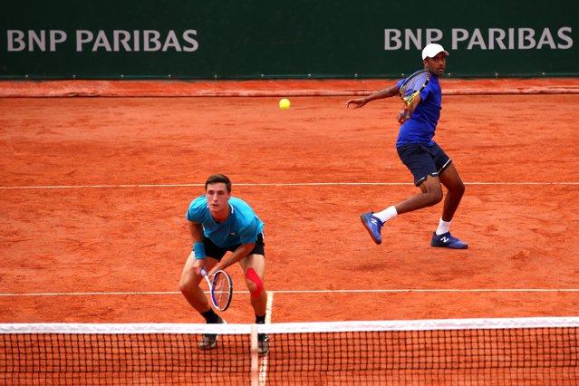 Horia Tecău şi Kevin Krawietz s-au calificat în semifinala probei de dublu pe iarba de la Halle