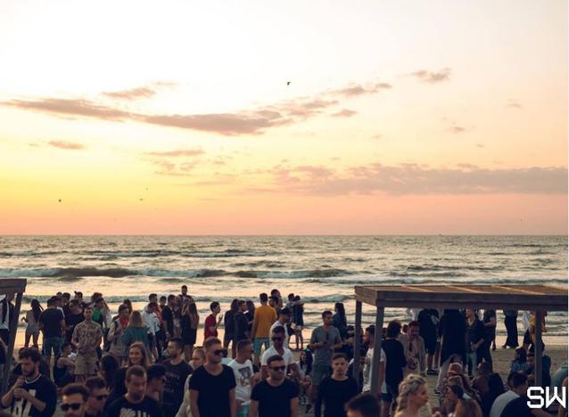 Sunwaves se mută din Mamaia Nord şi dă startul petrecerii în Zanzibar. Cât costă cele cinci zile de distracţie