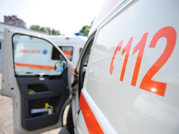 Un tramvai a deraiat în Arad. O pasageră a fost dusă la spital