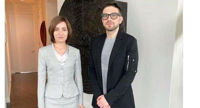 COMENTARIU Adrian Onciu: Culisele strângerii de mână dintre preşedintele Maia Sandu şi filantropul Alex Soros