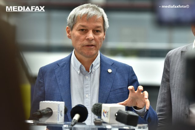 Dacian Cioloş îi cere lui Florin Cîţu să vină cu o altă propunere de premier