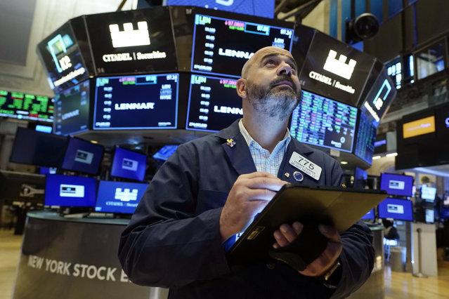 Cei mai bogaţi 10% dintre americani deţin 89% din toate acţiunile burselor din Statele Unite