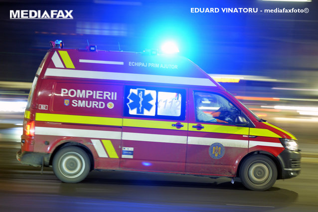 O femeie a născut în ambulanţă la Videle. Numele cu care îşi va boteza copilul este o surpriză