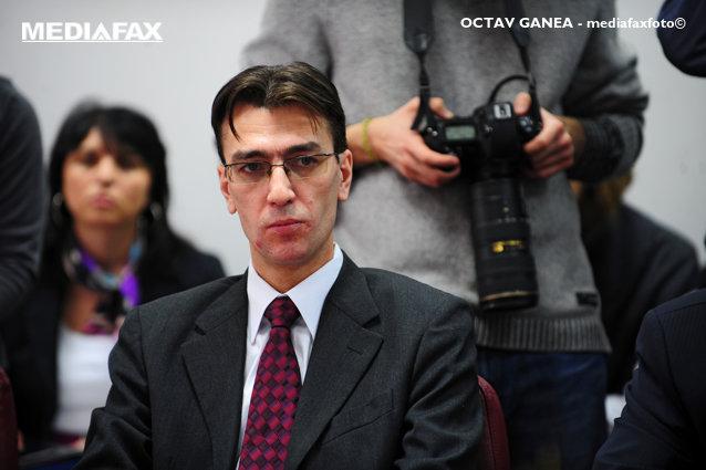 """Toni Neacşu, la Aleph News: """"Guvernul poate legifera acum în afara oricărui control. Instanţele nu pot verifica în 30 de zile Hotărârile de Guvern date în starea de alertă. CSM ar trebui să sesizeze la CCR un conflict între instanţele de judecată şi Parlament"""""""